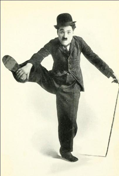 À quel âge Charlie Chaplin, dit Charlot, est-il mort ?