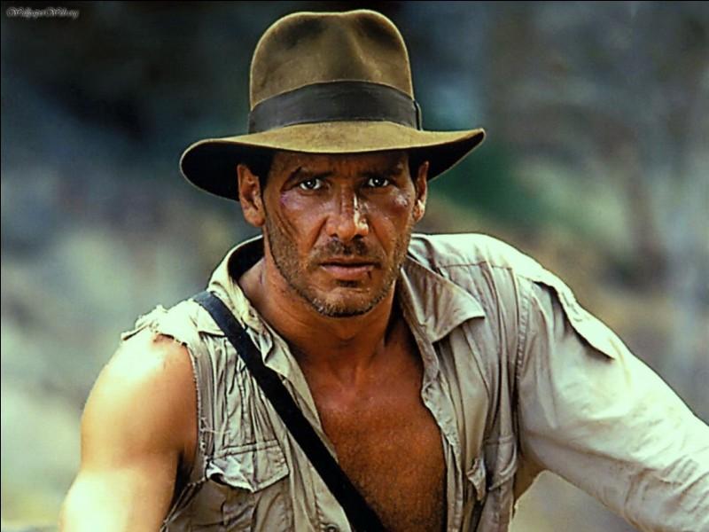 Dans quel film Indiana Jones apparaît-il pour la première fois ?