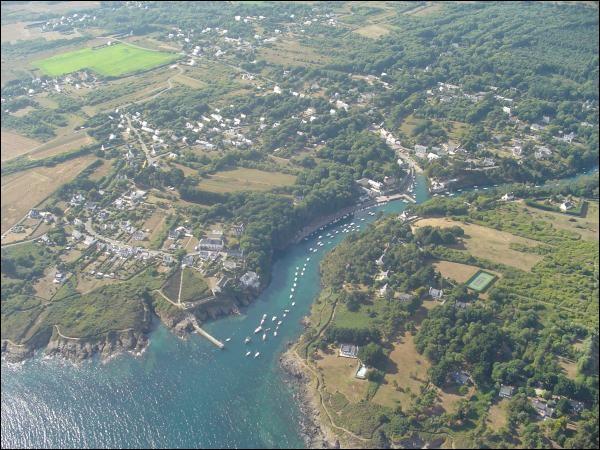 Moelan-sur-mer se trouve sur :