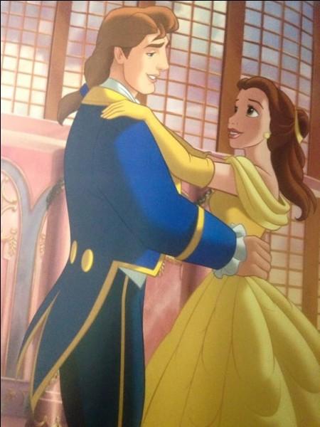 Comment s'appelle ce prince prisonnier d'un sortilège et qui a été délivré par sa belle ?