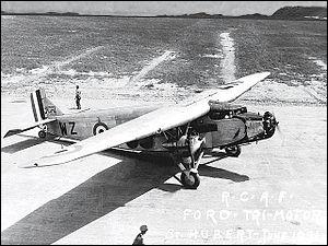 C'est l'un des premiers trimoteurs. Sorti en 1926 d'une usine américaine, il connut un grand succès. Quel est son constructeur ?
