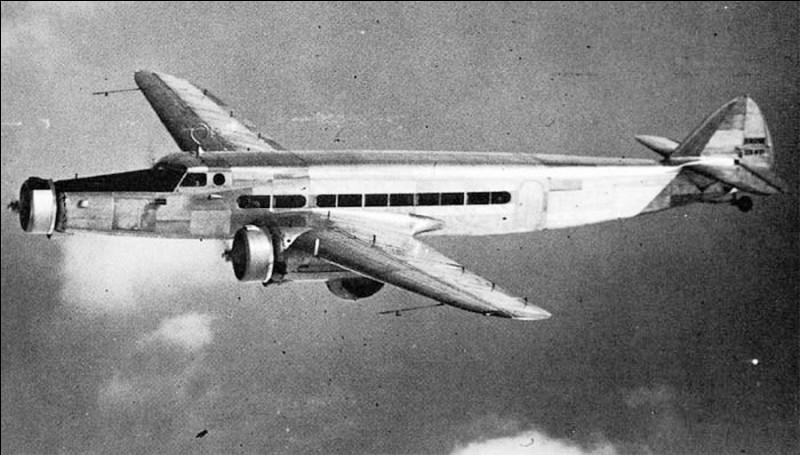 Cet avion de ligne a été produit à 30 exemplaires pour Air France. Il pouvait transporter 22 passagers. De quel avion s'agit-il ?