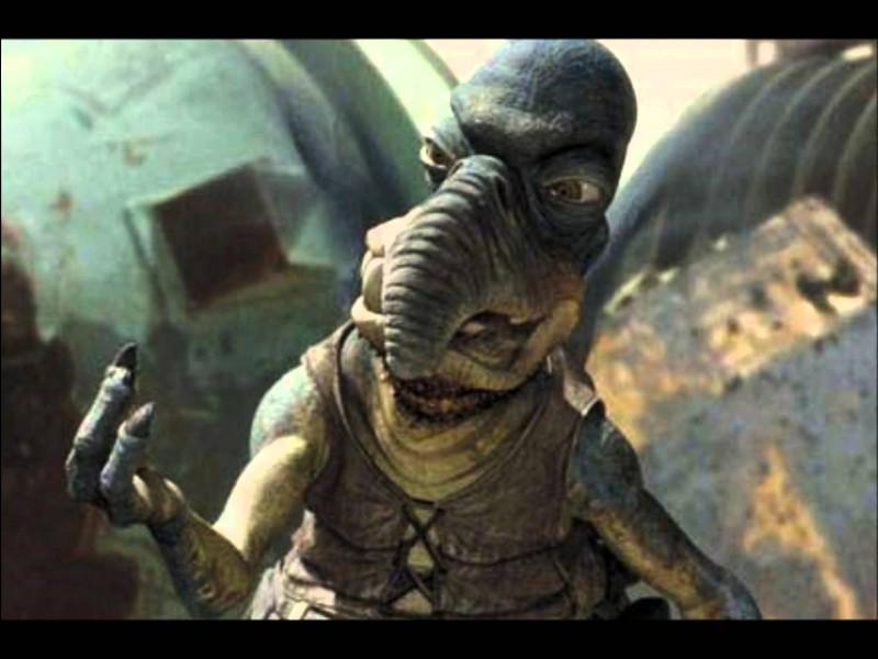 Comment s'appelle le maître de Shmi Skywalker sur Tatooïne ?