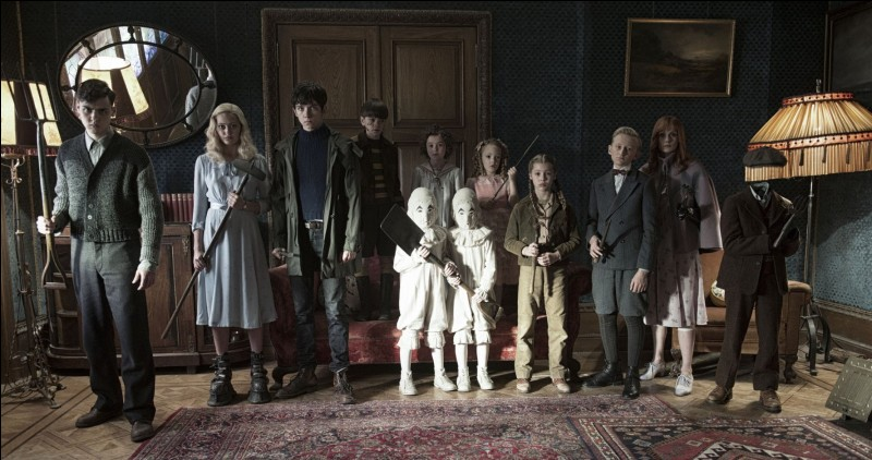 Combien y a-t-il d'enfants dans la boucle de Miss Peregrine ?