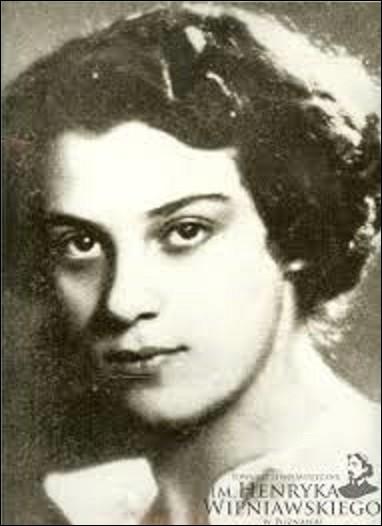 Le 28 octobre 1949, disparaît tragiquement, à l'âge de 30 ans, dans l'accident du vol Paris-New-York d'Air France aux Açores, en compagnie de son frère et du champion de boxe Marcel Cerdan, la grande musicienne Ginette Neveu. Née le 11 août 1919, de quel instrument de musique était-elle une virtuose ?