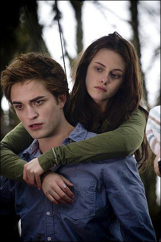(Dans le film) Où Bella dit à Edward qu'elle sait qui il est ?