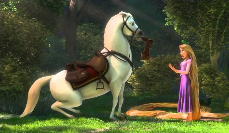 Comment s'appelle le cheval ami de Raiponce ?