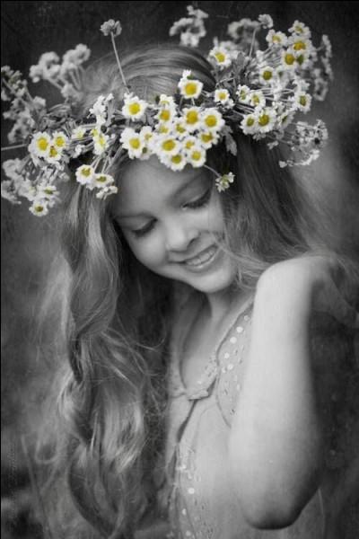 Qui est la déesse romaine de la fertilité et du printemps dont le nom est lié au mois le mai ?