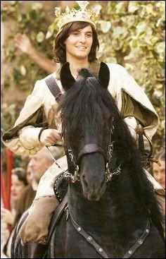 De qui le prince Caspian est-il amoureux ?