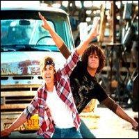 Quelle chanson interprète Troy et Chad?