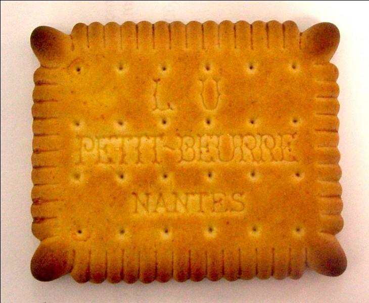 """""""Quatre oreilles et quarante-huit dents"""". Ce slogan vous invite à déguster le Véritable Petit Beurre, en photo. Dans quel département a-t-il été créé ?"""