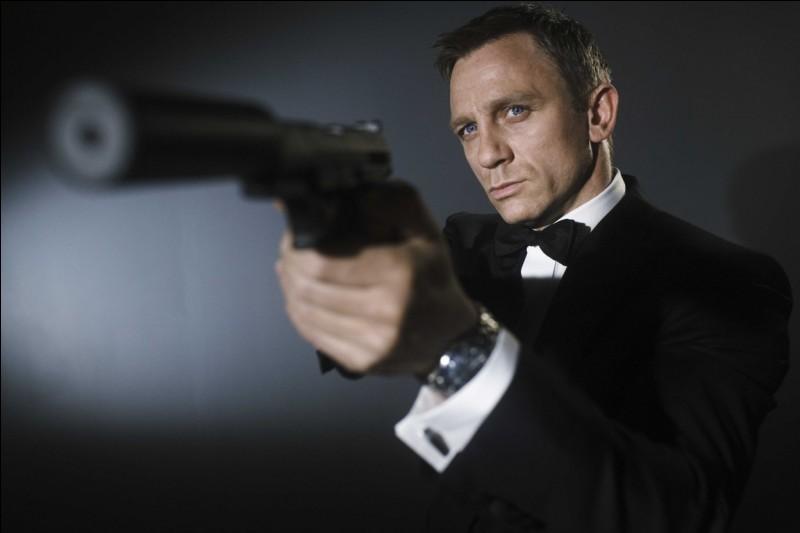 Quel est le nom de code de James Bond, un espion de cinéma ?