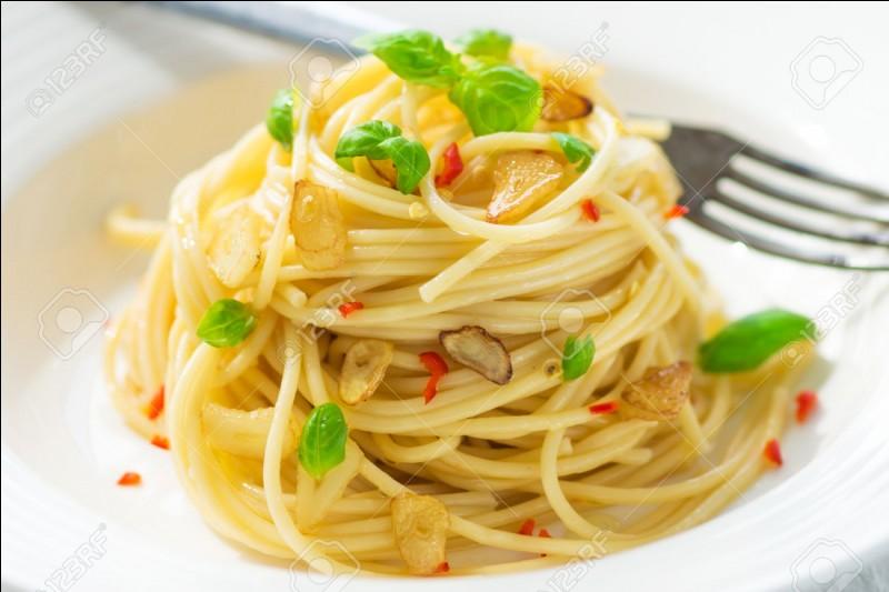 Je suis du fromage mais on peut en faire du spaghetti. Qui suis-je ?
