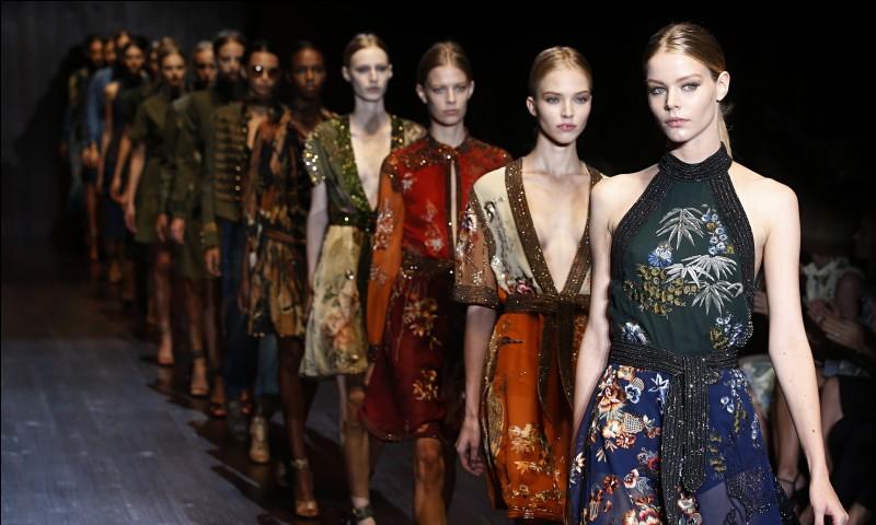 Dans quelle ville française la Fashion Week a-t-elle lieu ?