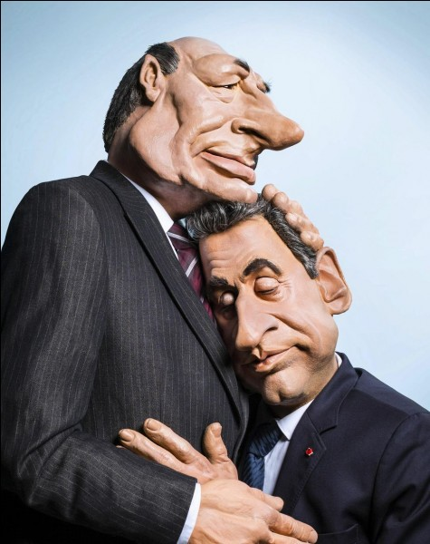 Qui fait un câlin à Nicolas Sarkozy ?