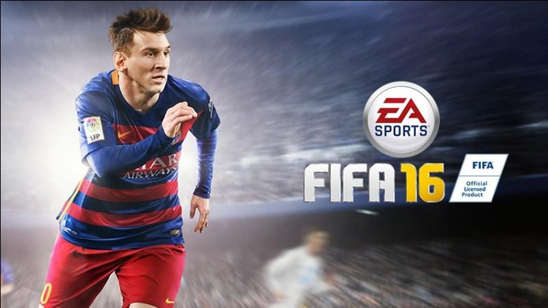 """Vrai ou faux ? Il est impossible de jouer avec Ronaldo sur """"FIFA 16""""."""