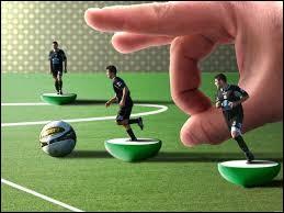 Quel jeu de plateau, parfois considéré comme un sport, possède sa Coupe du monde depuis plus de trente ans ?