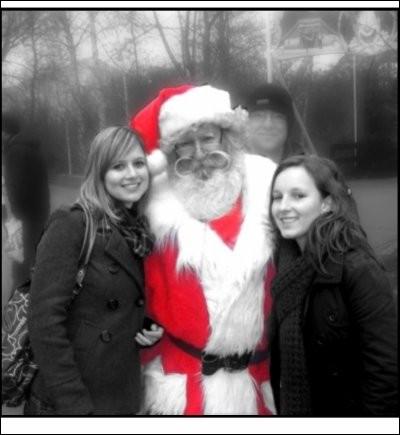 """Qui chantait """"C'était la fille du Père Noël"""" ?"""