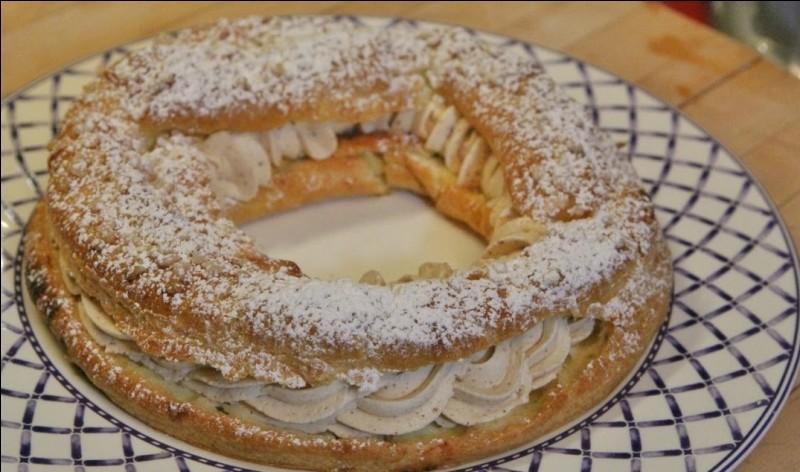 """P - Ce gâteau est un """"Paris-Brest""""."""