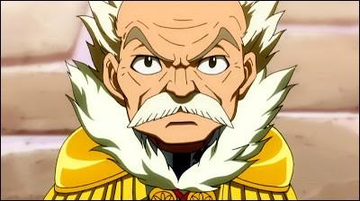 Comment le maître de la guilde de Fairy Tail s'appelle-t-il ?