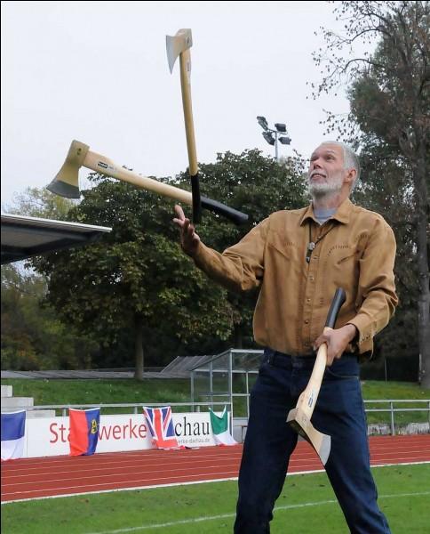 Avec quoi Milan Roskopf a-t-il jongler quand il a fait son records du monde?