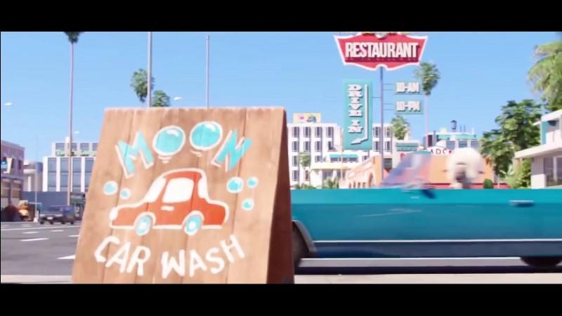 Pendant combien de temps le père de M. Moon a-t-il lavé des voitures ?