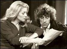 Alain Souchon fait sa première apparition au cinéma en 1980, dans un film où il est aux côtés de Catherine Deneuve, de Serge Gainsbourg et de Jean-Louis Trintignant. Quel est ce film ?