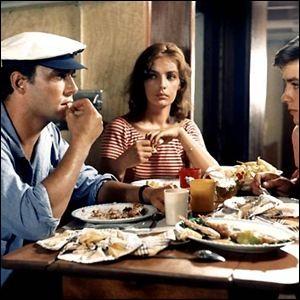 Marie Laforêt tient son premier rôle, remarqué, au cinéma en 1960. Dans quel film ?