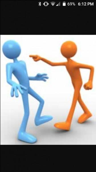 Une dispute éclate entre ta meilleure amie et une autre fille ; que fais-tu ?