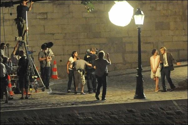 Il s'agit du tournage de l'une des nombreuses scènes de nuit (et de fantasme) du film, qui se déroule à Paris. De quel film s'agit-il ?