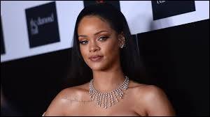 """Rihanna a chanté le titre """"The Monster"""" en duo avec Eminem en 2013."""
