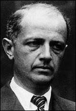 """Syndicaliste à la CGT et socialiste, il est l'un des fondateurs du mouvement """"Libération Nord"""" dès octobre 1940. Il est arrêté par la Gestapo en mai 1943 et déporté à Buchenwald d'où il est libéré en avril 1945. De qui s'agit-il ?"""