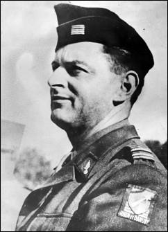 Communiste depuis 1925, il entre dans la clandestinité peu après sa démobilisation en 1940. Il organise les FTP dans plusieurs régions. Il est principalement connu pour avoir mené la libération de Paris en août 1944. De son vrai nom Henri Tanguy, sous quel nom est-il connu ?