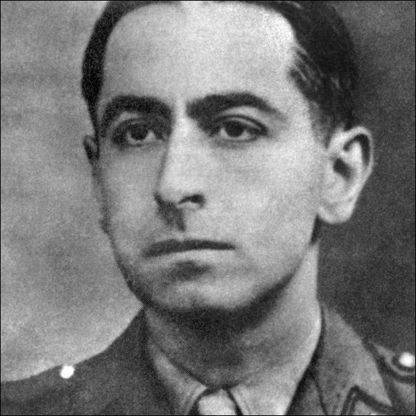 Résistant dès 1940, il joue un rôle important dans la coordination des mouvements de la zone nord. Arrêté par la Gestapo, il se suicide le 22 mars 1944. De qui s'agit-il ?