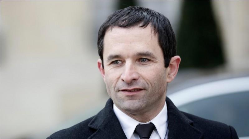 Complétez le nom de ce candidat Benoît....
