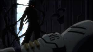 Qui est cet homme caché dans l'ombre ?