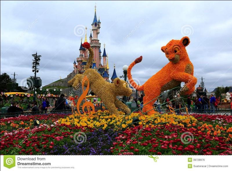 Quand le parc Disneyland Paris a-t-il été créé ?