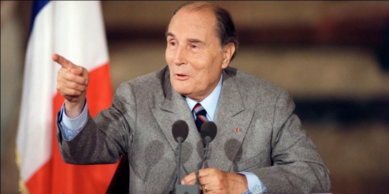 Combien de temps François Mitterrand a-t-il gouverné la France ?