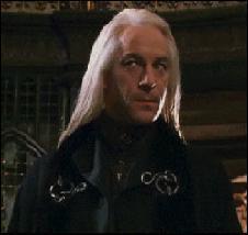 Comment s'appelle ce papa blond d'un enfant de Serpentard ?