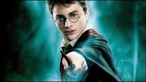 """Qui a écrit la saga """"Harry Potter"""" ?"""