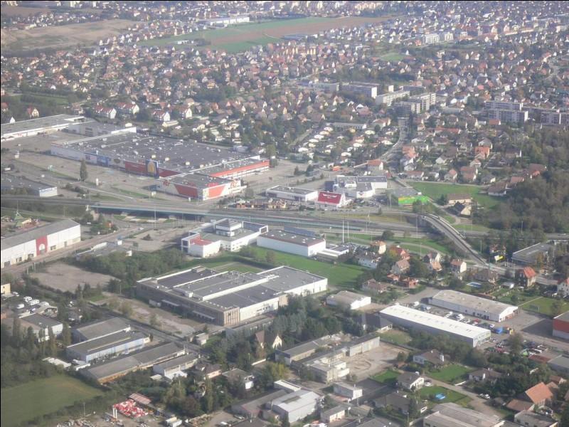 KINGERSHEIM - De quel département fait-partie cette ville de la banlieue de Mulhouse ?