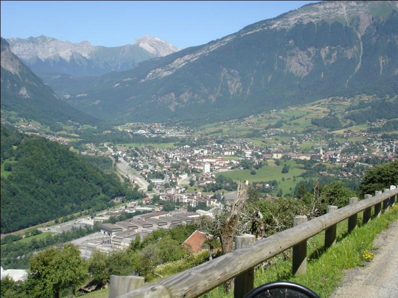 UGINE - Comment appelle-t-on les habitants de cette commune de Savoie ?