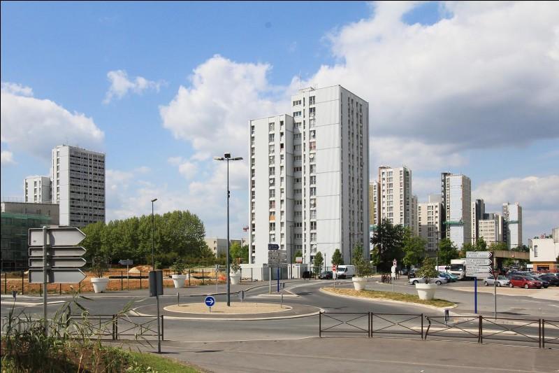 ULIS (LES) - Près de quelle grande ville se situe cette commune créée en 1977 ?