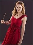 Comment est habillée Hermione, à une cérémonie ?