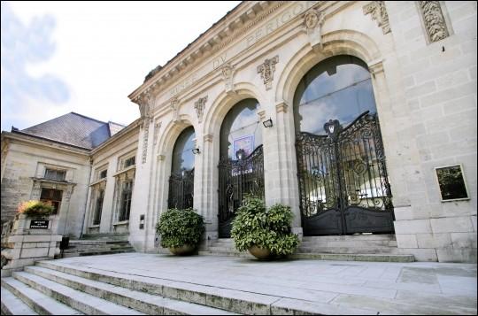 Le musée d'art et d'archéologie du Périgord, le plus ancien du département de la Dordogne, est situé au cœur de la ville de...