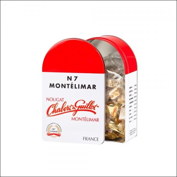 Le nougat de Montélimar fait traditionnellement partie des treize desserts de Noël. Dans quel département est-il fabriqué ?