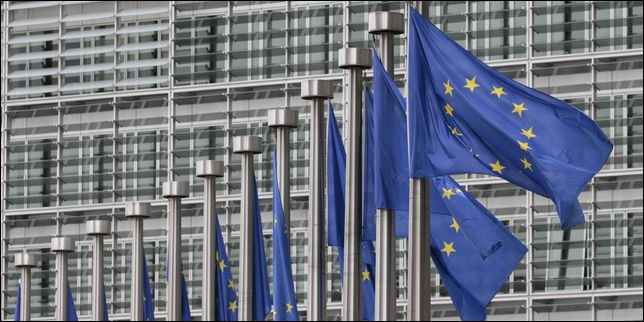 Le 1er juillet, ce traité européen, signé en février 1986, entre en vigueur. Il apporte des modifications au traité de Rome, et donc, à la Communauté économique européenne (CEE), en accélérant la mise en place du marché intérieur. Comment l'appelle-t-on?