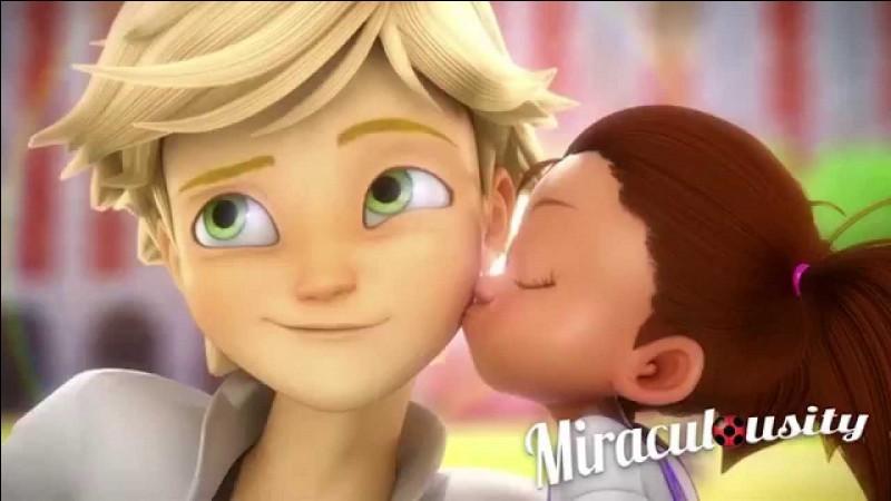 Adrien est amoureux :