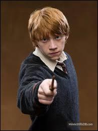 Par qui Ron se fait-il stupéfixier ?