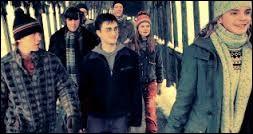 Hermione donne l'idée de créer l'armée de Dumbledore ! Où donne-t-elle la première réunion de l'AD ?